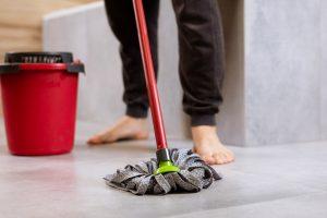 úklid vinylové podlahy